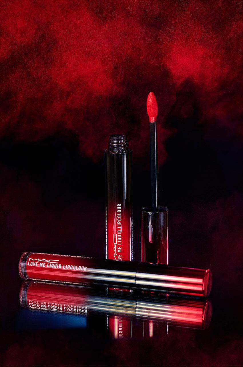 MAC Cosmetics Love Me Liquid Lipcolour - Produktfoto: Mona Strieder